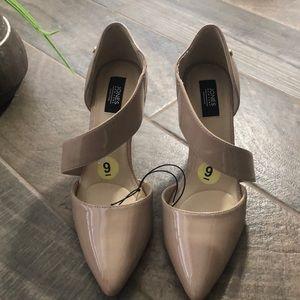 New no box Jones New York heels